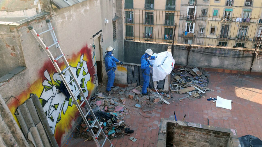 Desmuntatge i retirada de materials amb contingut d'amiant