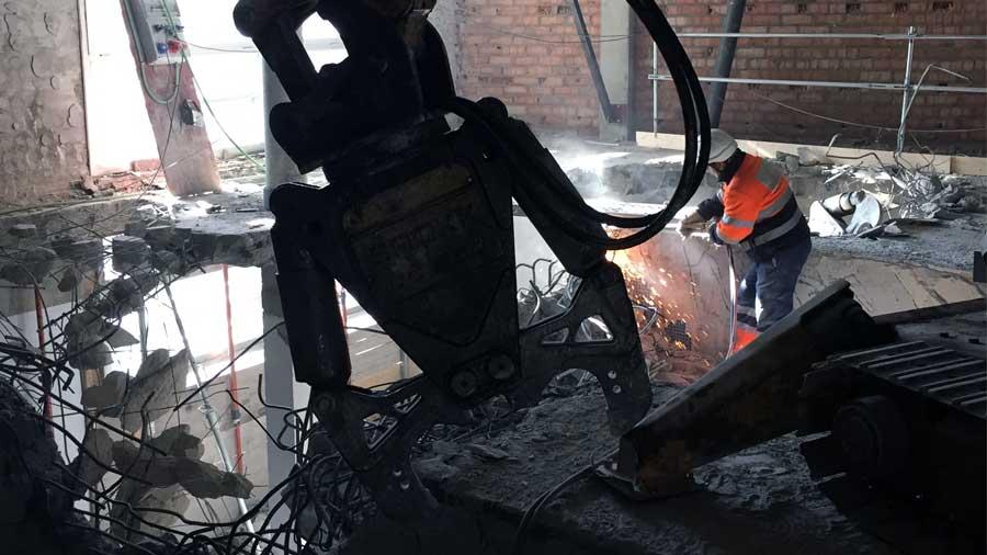Demolicion técnica mediante robots