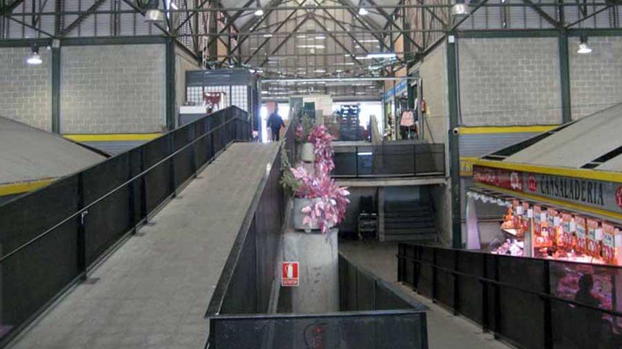 demolicio-tecnica-rampa-mercat-canyelles