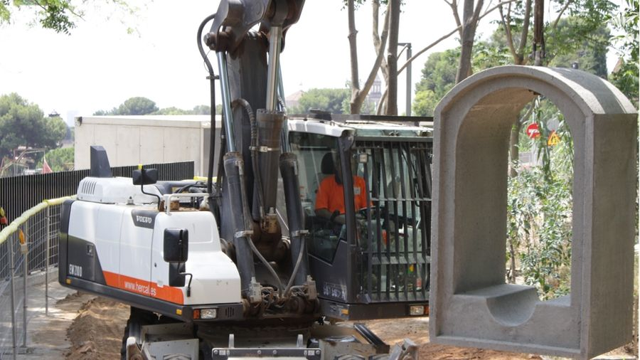 Hercal Dispone De Maquinaria Propia Para La Ejecución De Proyectos De Alcantarillado Y Obra Civil En General