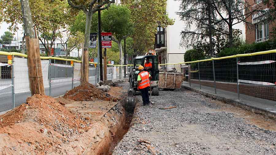 Ampliación de aceras calle Bisbe Català, en Barcelona